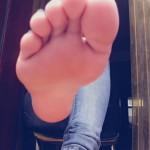 Amateur pieds sexy 23