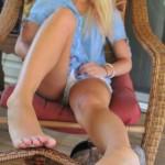 Belle fille avec des pieds sexy 09