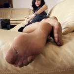 Belle fille avec des pieds sexy 10
