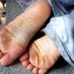 De longues jambes et pieds sexy 15