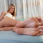 De longues jambes et pieds sexy 25