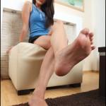 Fétichisme des pieds sexy avec du footjob en photos 39