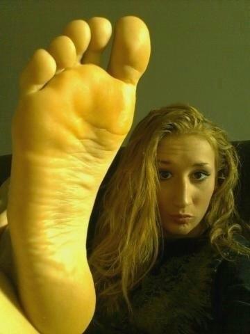 Fetichisme du pied de femme 04