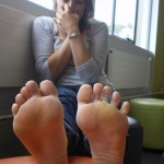 Les jolis pieds féminins 20