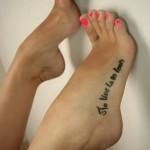 Pour les fétichistes des pieds et des chaussures 01