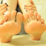 Pour les fétichistes des pieds et des chaussures 16