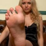 Sexy fétichisme du pied filles 26