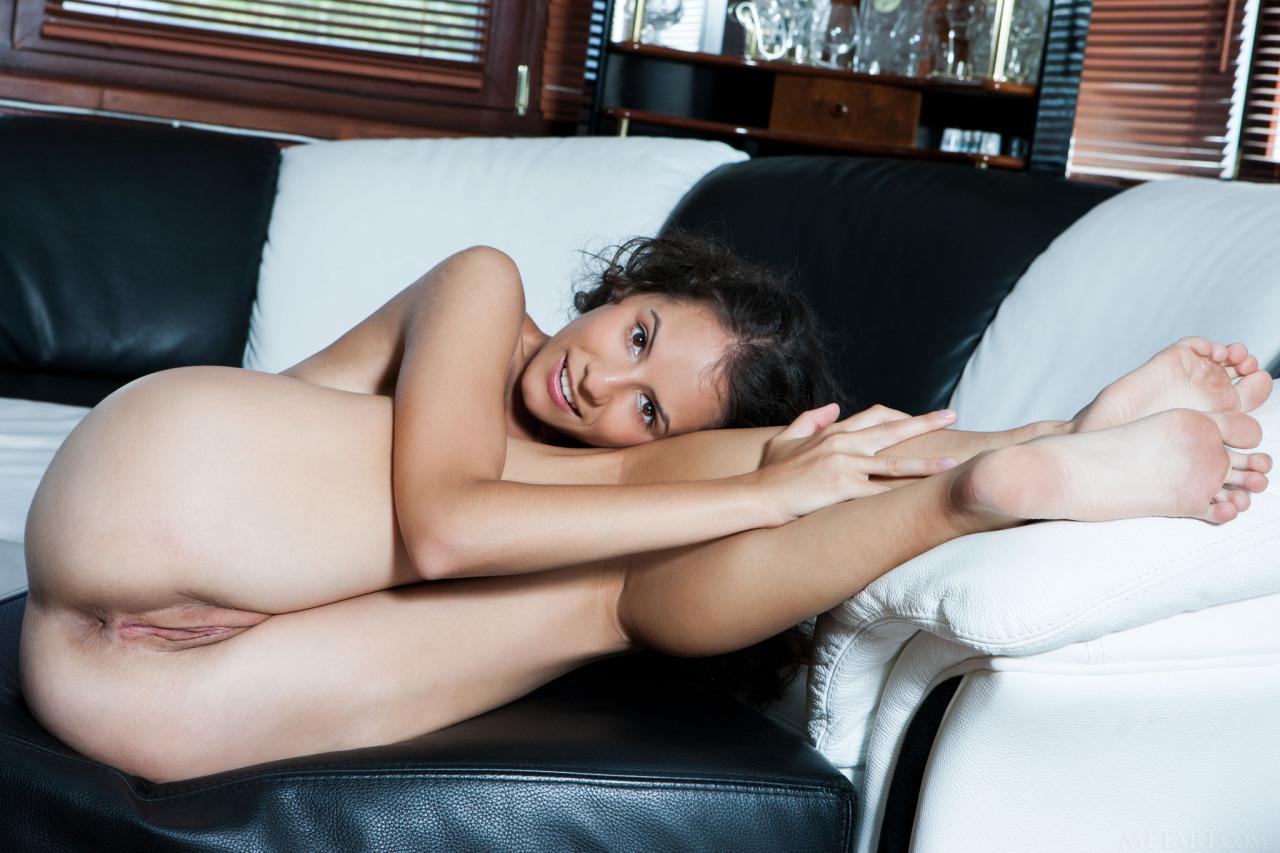 pieds sexy du web de femme en collants 08