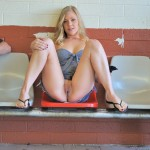 pieds sexy du web de femme en collants 27